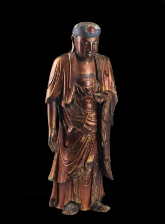 Arte Cinese  A wooden lacquered figure of standing Buddha China, Qing dynasty, 19th century .