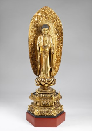 ARTE GIAPPONESE  A large wooden lacquered sculpture of Buddha Japan, 19th century .