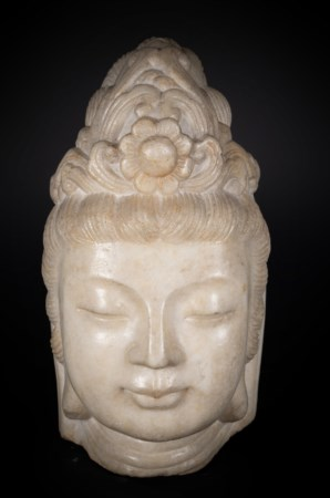 Arte Cinese  A large marble head of Guanyin China, Ming dynasty.